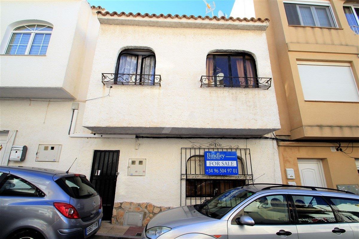 Wohnung oder Geschäft zu verkaufen im Zentrum von Moraira