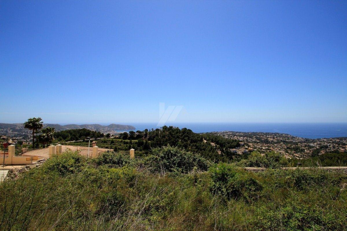 Panoramablick auf das Meer in Teulada-Moraira, Costa Blanca.