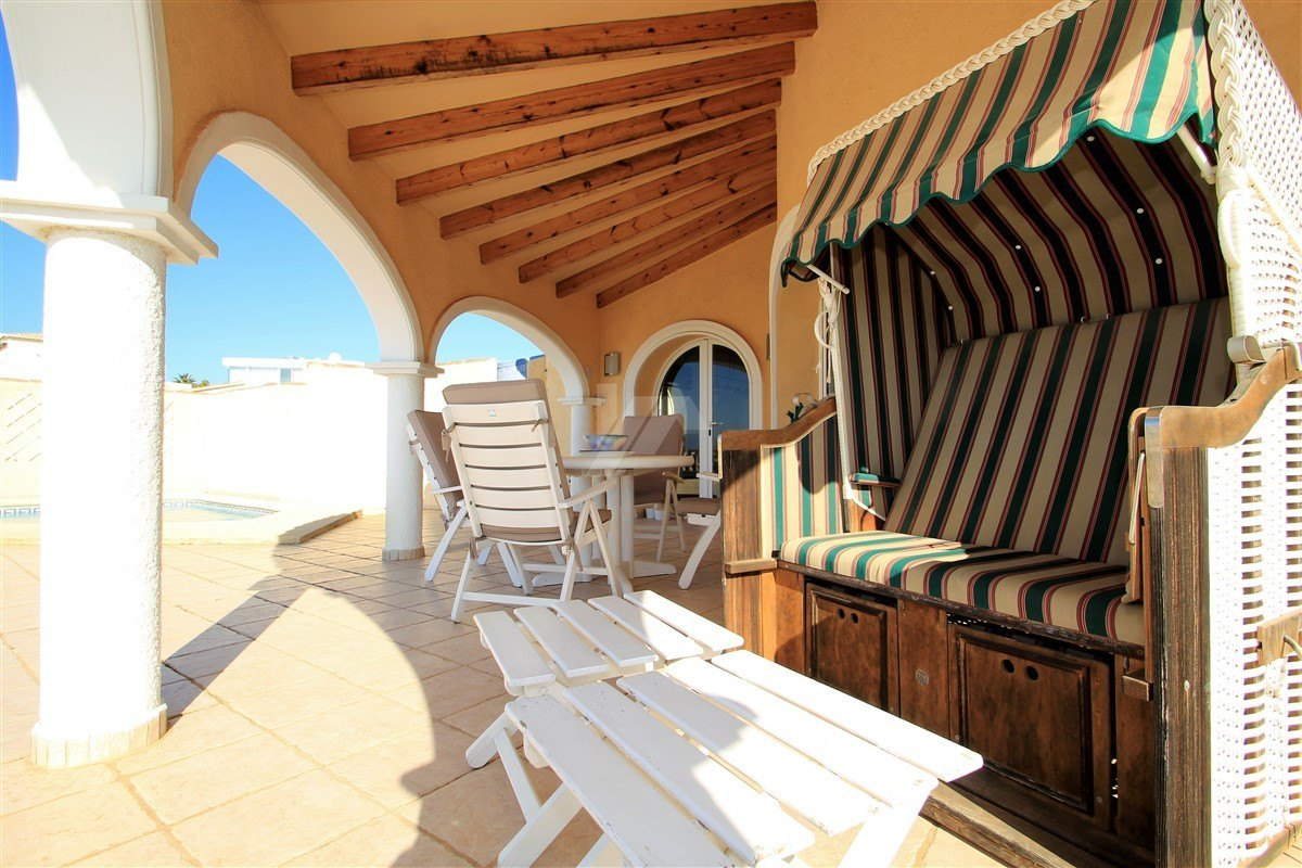 Villa mit Meerblick zum verkauf in Benitachell, Costa Blanca.