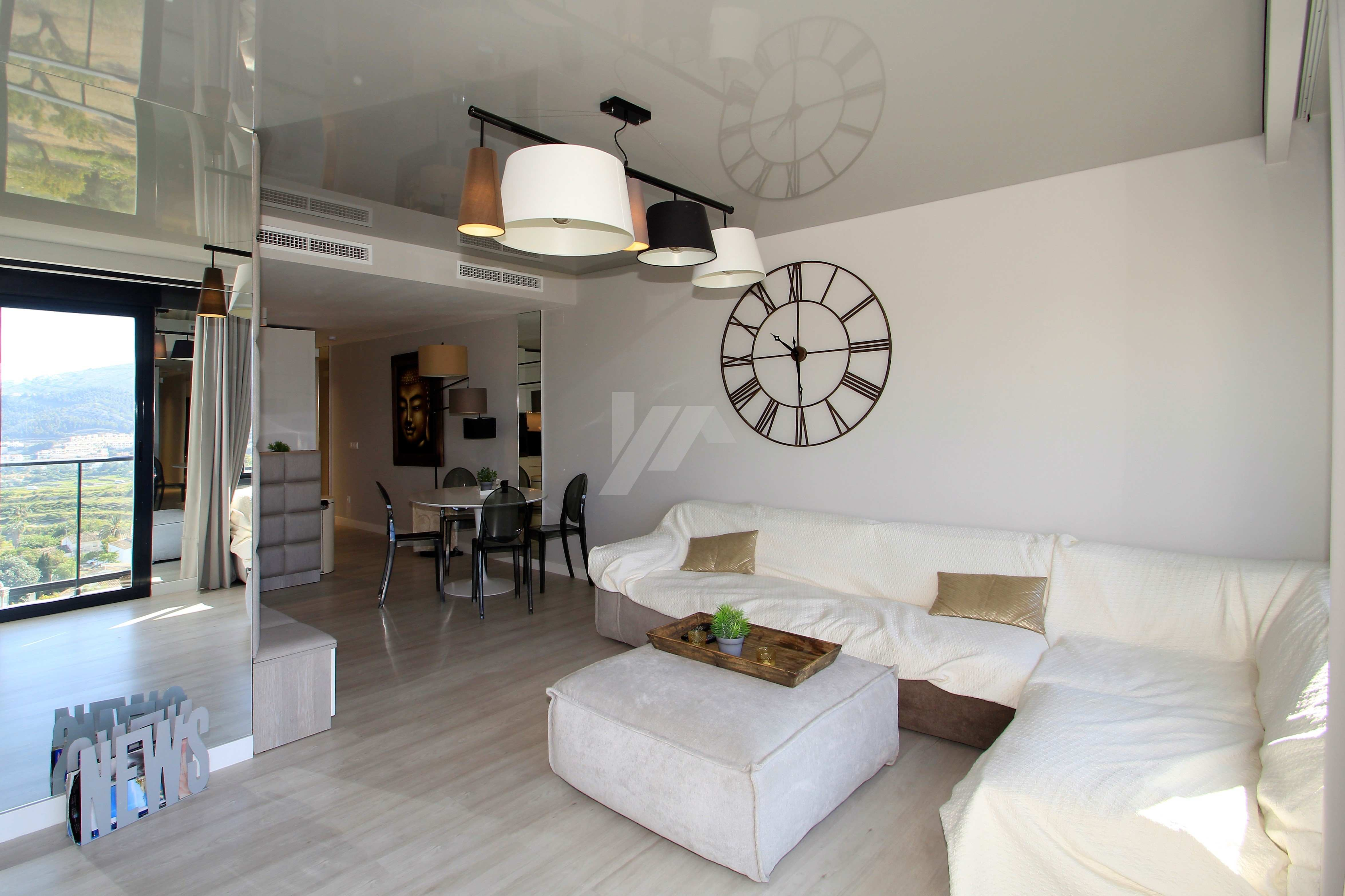 Moderne Wohnung zum Verkauf in Benitachell, mit Meerblick