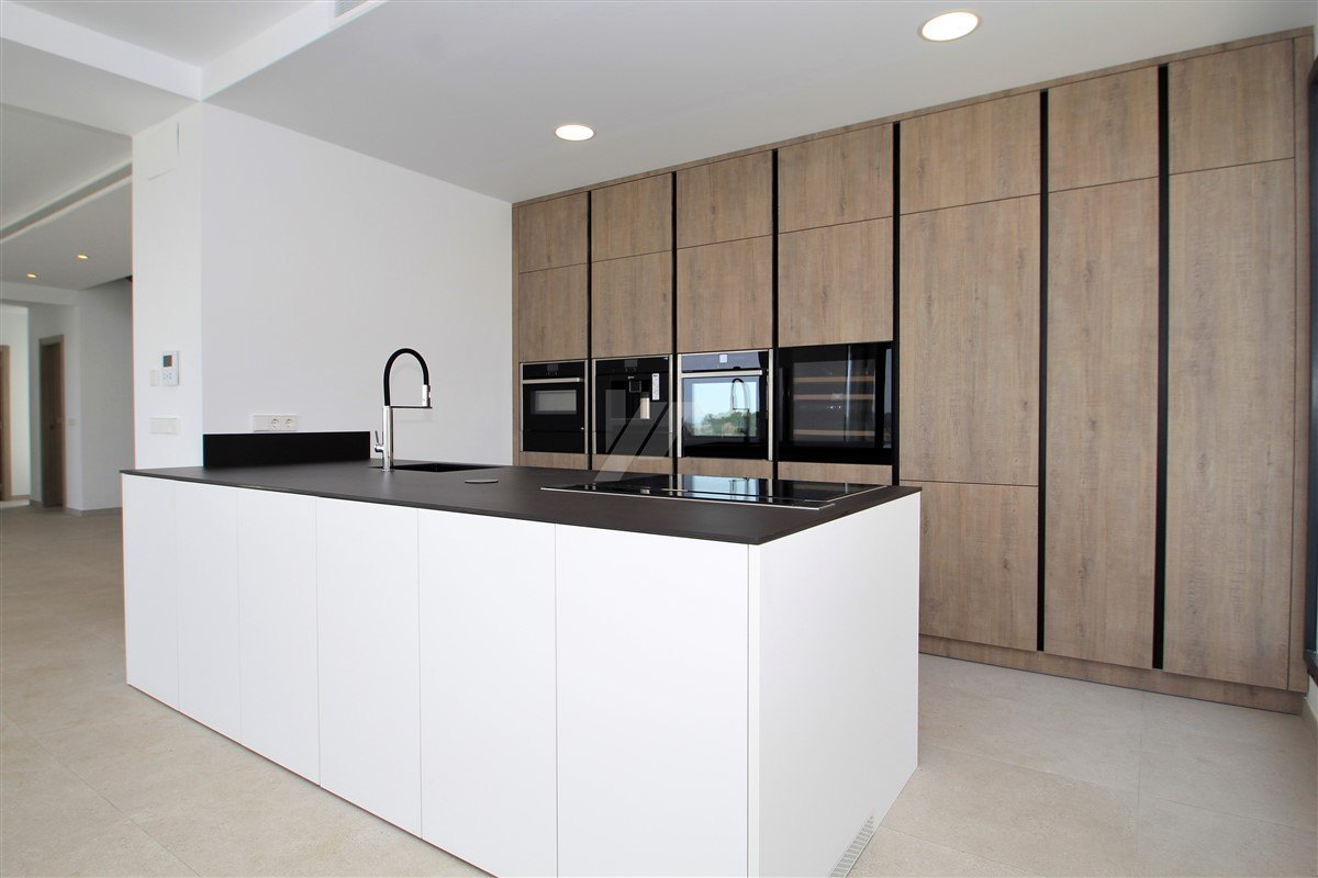 Meerblick Neubau zum Verkauf in Moraira, Costa Blanca.