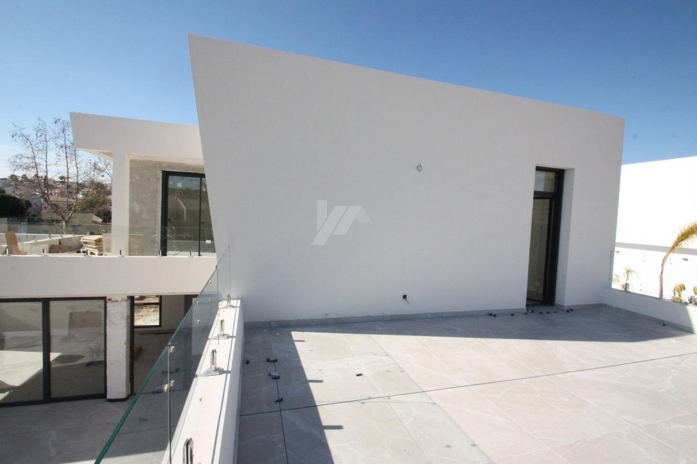 Neubau Villa zum Verkauf in Calpe, Costa Blanca.