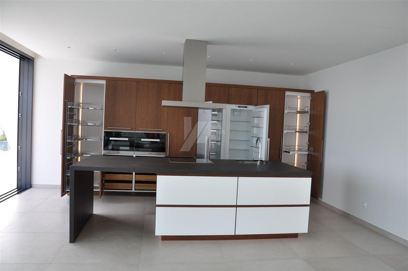 Luxuriöse Villa mit Meerblick zum Verkauf in Benissa, Costa Blanca.